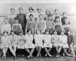 Mapleton School Fifth and Sixth grade 1928