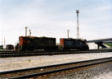 Southern Pacific GP-9s switching.