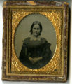 Daguerreotype of unidentified younger woman